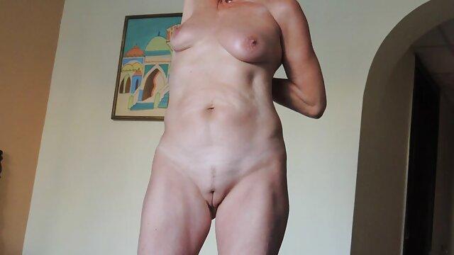 XXX tidak ada pendaftaran  Pisang bokep jepang hd tanpa sensor Cinta yang seksi di dapur!